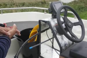 Best Boat Steering Systems – Our Top 5 Picks