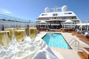 Read more about the article Can Cruise Ships Tip Over? – Ship Stability and Safety