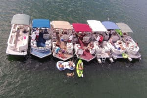 16 Things to Have on a Boat – for Fun and Safety