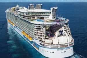 16 Biggest Cruise Ships in the World