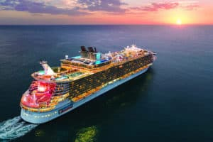 Read more about the article How Do Cruise Ships Not Tip Over?