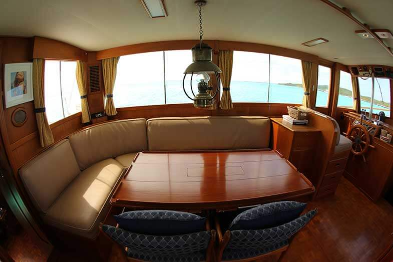 Best Trawler to Live On? Top 10 Picks
