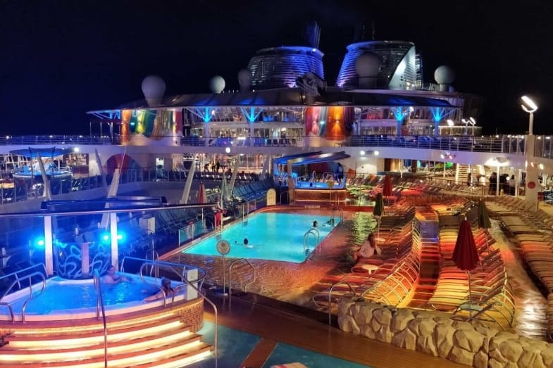 amenities of largest cruise ship in the world