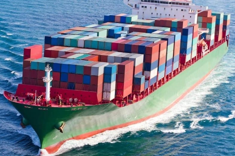How Much Does a Cargo Ship Weigh?