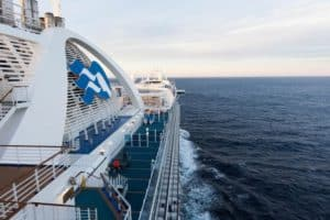 Which Side of an Alaskan Cruise Ship Is Best?