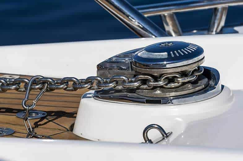 Windlass Anchor – 10 Best Anchor Windlass Systems