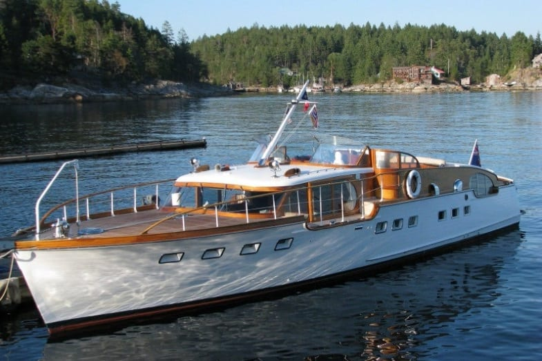 definition of a yacht