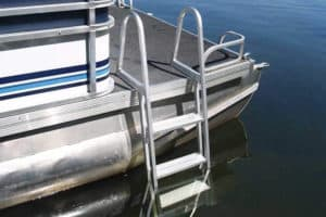 Pontoon Boat Ladder – 10 Best Pontoon Boat Ladders
