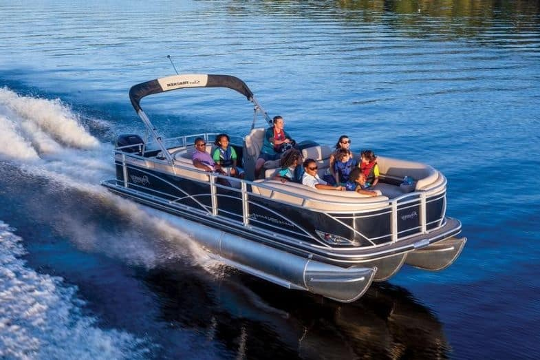 how much does a pontoon boat weigh
