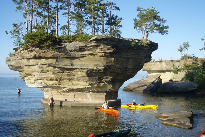 Kayaking in Michigan [10 Best Places]