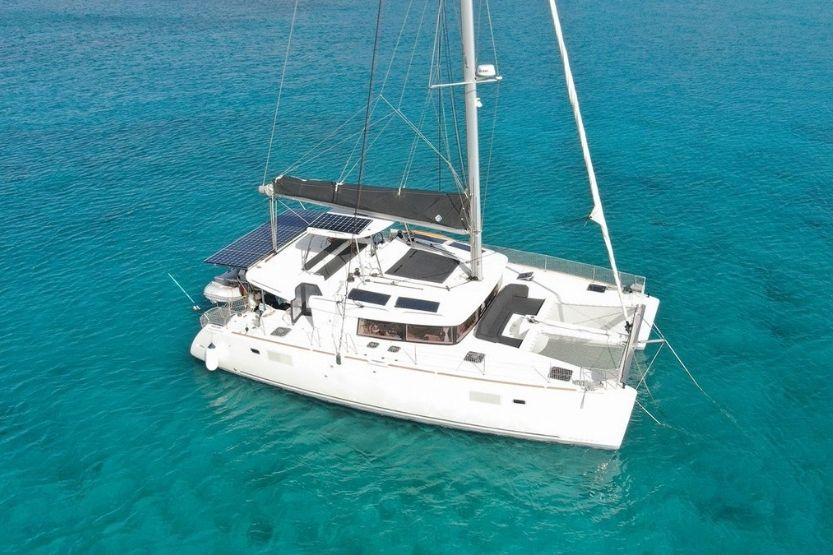 Lagoon 450 Catamaran Specs and Review