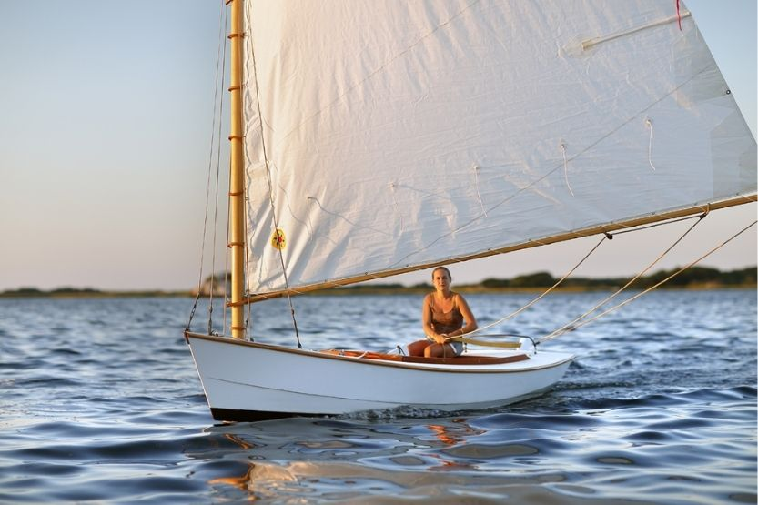Catboat – What Is It and Why Are They Called Catboats?