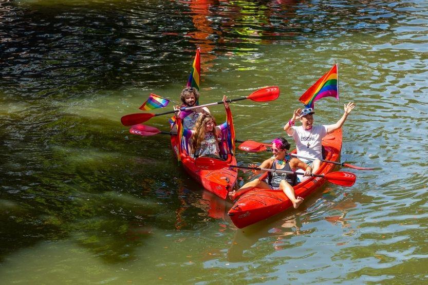 tandem kayak weight limit