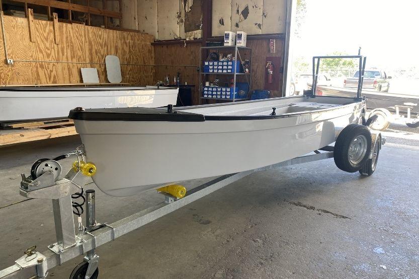 towee boat