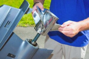 Read more about the article Impeller Vs Propeller [What Is the Difference Between Them?]