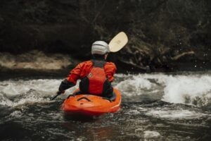 Read more about the article Sit-In vs Sit-On Kayak [Difference Between Sit-On-Top vs Sit-In Kayaks]